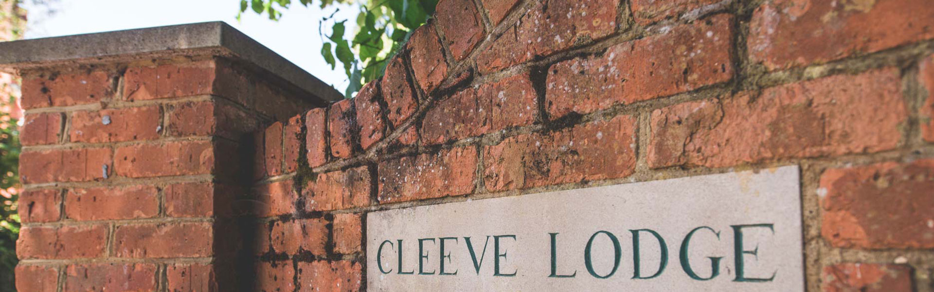 Cleeve Lodge | Front Sign